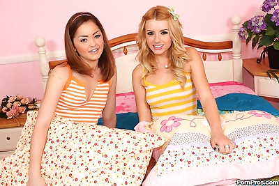 Young girls Jewel & Lexi end..