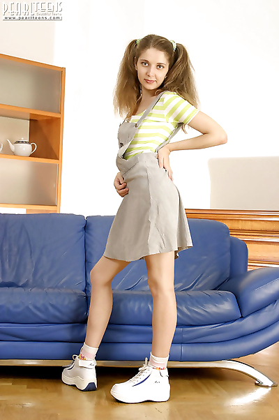 Nubile pigtailed teen - part..