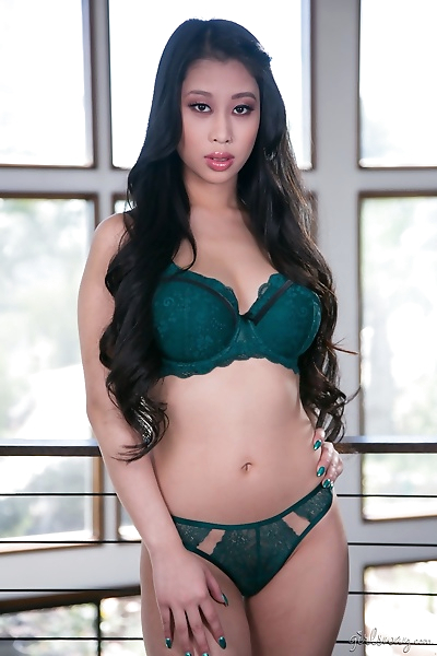 Young asian lady jade kush..