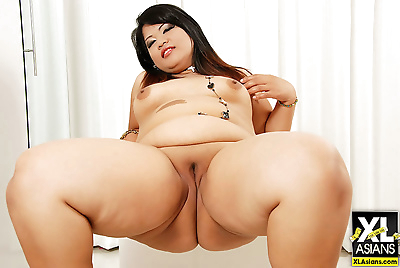 Chunky asian gets naked and..