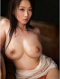 Curvy busty asian gfs posing for the camera - part 1880